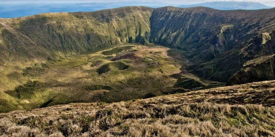 Faial's crater